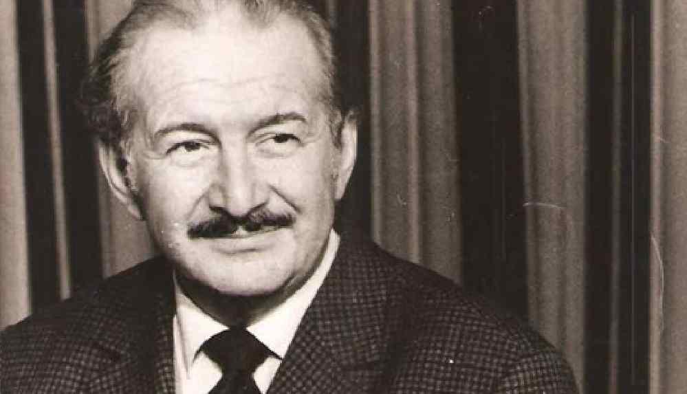 Usta tiyatrocu Haldun Taner vefat yıl dönümünde anılıyor