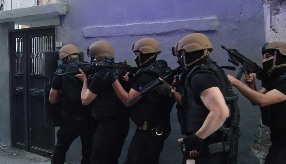 Adana merkezli 3 ilde PKK/KCK soruşturmasında gözaltı kararı verilen 20 şüphelinin yakalanması için operasyon