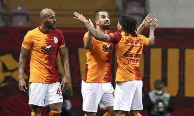 Galatasaray Beşiktaş'ı 3 golle geçti, şampiyonluk hesapları karıştı