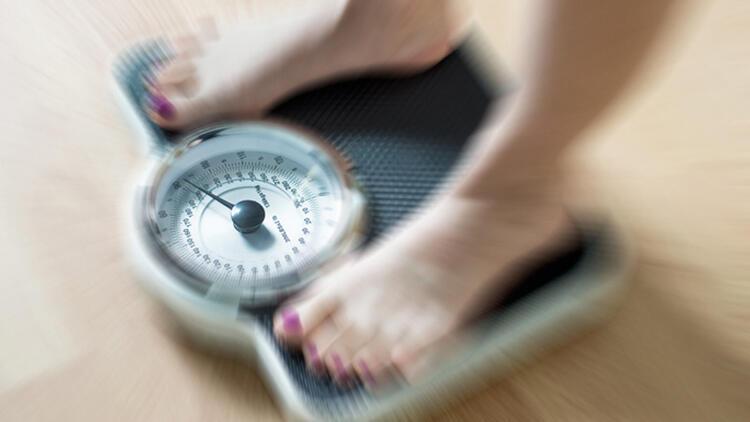 Aç kalmak kilo verdirir mi? Zayıflamak için aç kalmak zararlı mı?