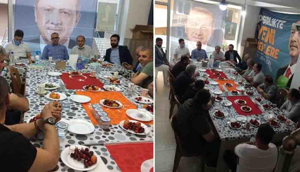 AKP'den Türk bayrağına büyük saygısızlık: Sofra bezi yaptılar