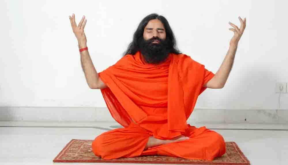Covid-19 hastalarıyla dalga geçen yoga gurusu, bu kez de modern tıbbı hedef aldı: 'Aptal bilimi'