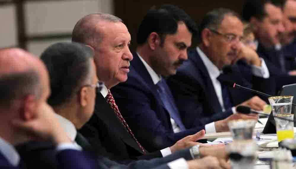 Erdoğan'ın 'Müzik sınırlamasını 24.00'e çektik' açıklaması AKP'de nasıl tartışılıyor?