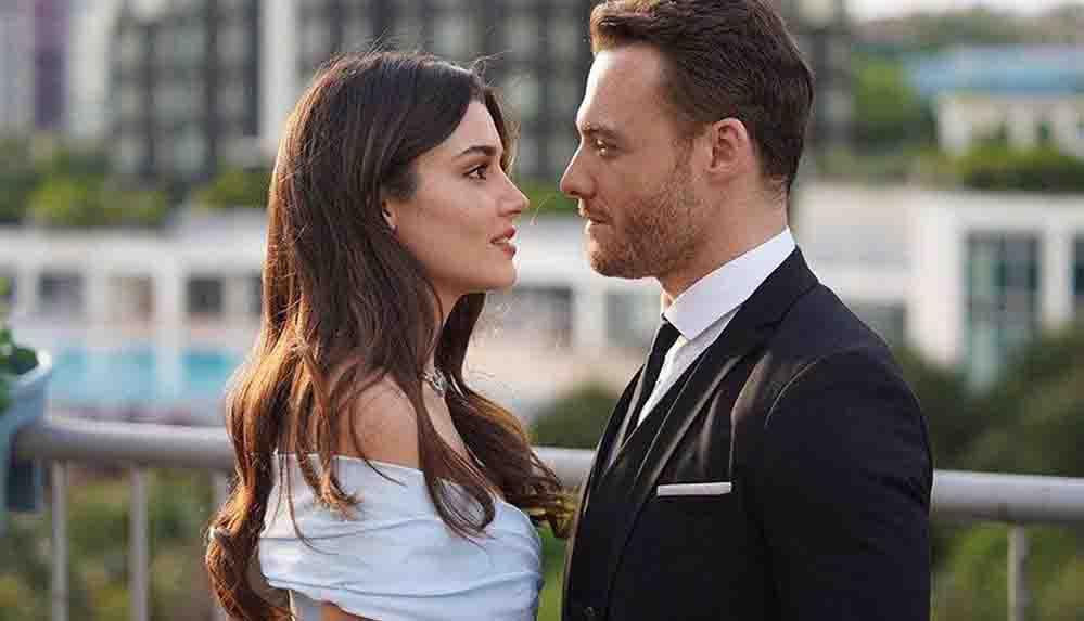 Hande Erçel'den sevgilisi Kerem Bürsin'e: Sana sahip olduğum için çok şanslıyım!