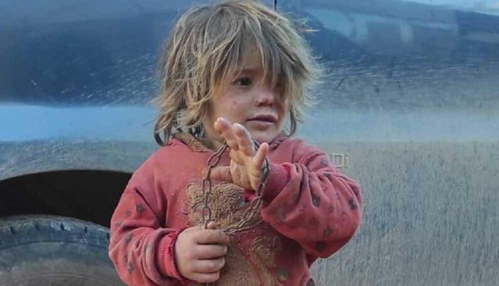 İdlib'de babası tarafından zincirlenen 6 yaşındaki çocuk açlıktan öldü