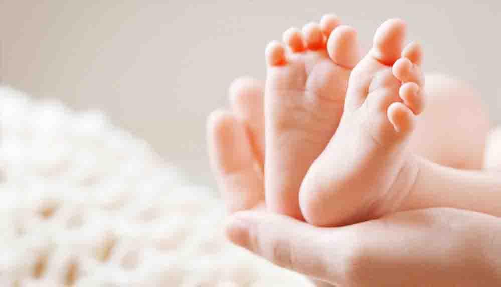 Tek doğumda 10 çocuk doğurduğu iddia edilen kadının eşi bebekleri hiç görmediğini söyledi