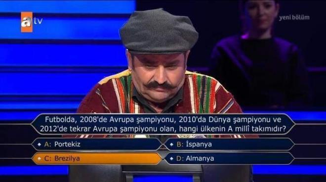 Adanalı Dertlipolat, 'Kim Milyoner Olmak İster' yarışmasına damga vurdu