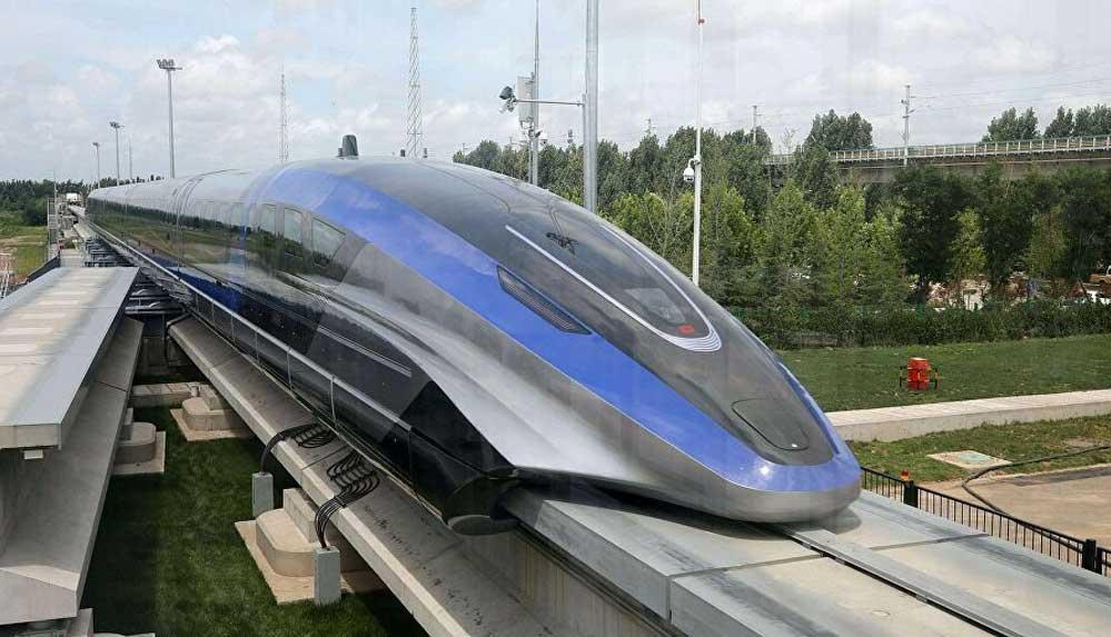 Çin, saatte 600 kilometre hıza çıkabilen trenini tanıttı