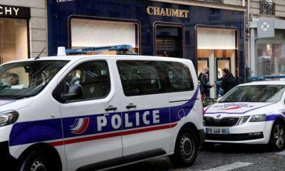 Paris'in ünlü kuyumcusu scooterlı hırsız tarafından soyuldu