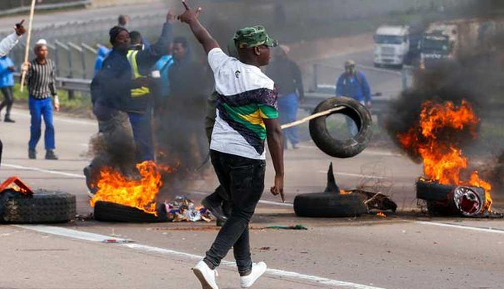 Güney Afrika'daki protestolarda ölenlerin sayısı 72'ye yükseldi