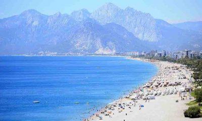 İlk kısıtlamasız pazar gününde sahillerde yoğunluk yaşandı