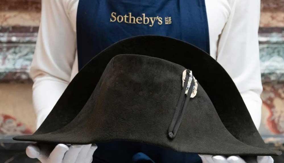 Napolyon'un savaşta giydiği şapkası 6 milyon liraya müzayedeye çıkıyor