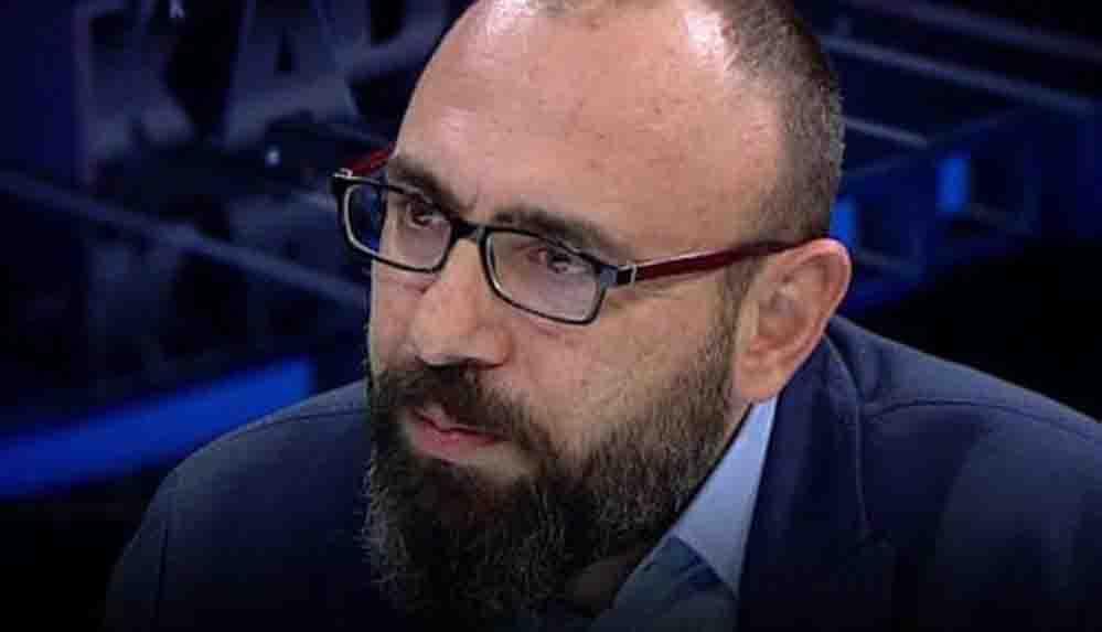 Sabah yazarı Tezel'den 'gençlerin iş beğenmeme' savunması