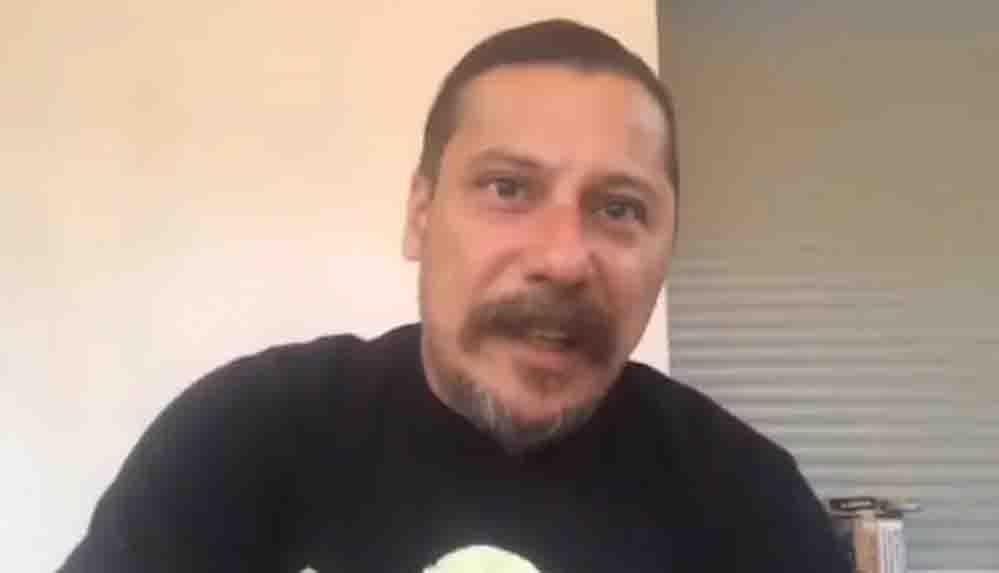 Saldırıya uğrayan gazeteci Erk Acarer: Biri 'Yazmayacaksın ulan' diye bağırıyordu