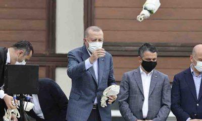 CHP'den Erdoğan'a sert tepki: Almanya, sel mağdurlarına 400 milyon Euro acil destek verirken, bizde bir lütufmuş gibi çay atılıyor