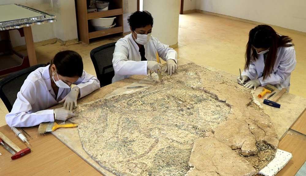 Üzüm hasadı temalı tarihi mozaik Hatay Arkeoloji Müzesi'nde sergilenecek