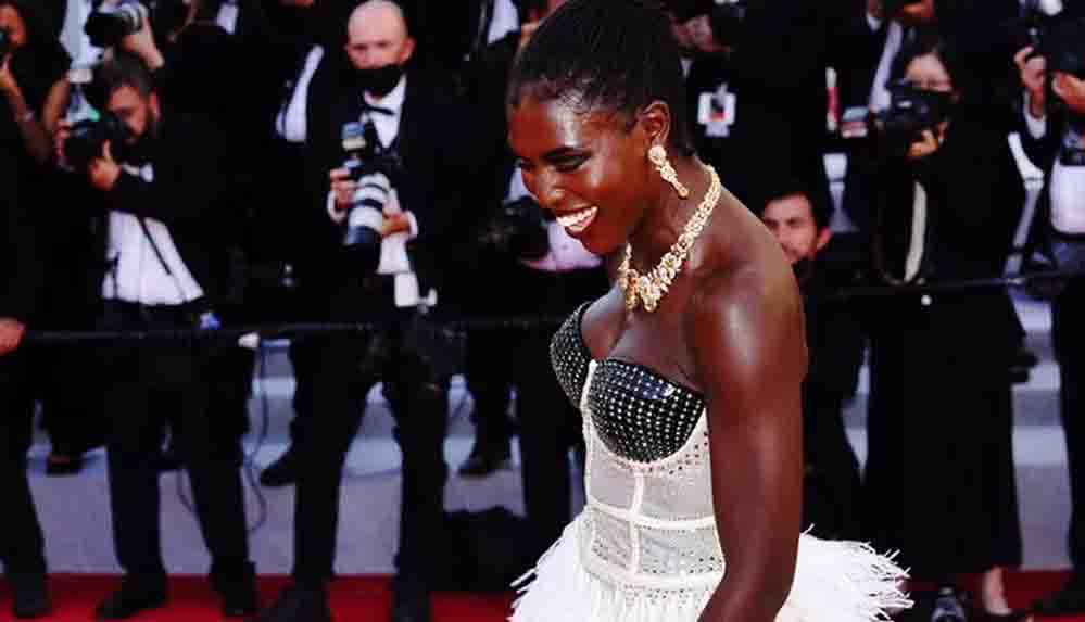 74. Cannes Film Festivali'ne katılan Jodie Turner-Smith'in mücevherleri çalındı
