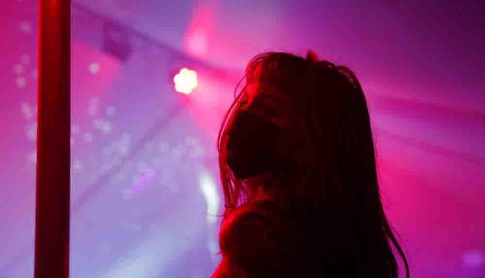 Yeni araştırma: Striptiz kulüpleri ve eskortluk, cinsel suçları önemli ölçüde azaltabilir