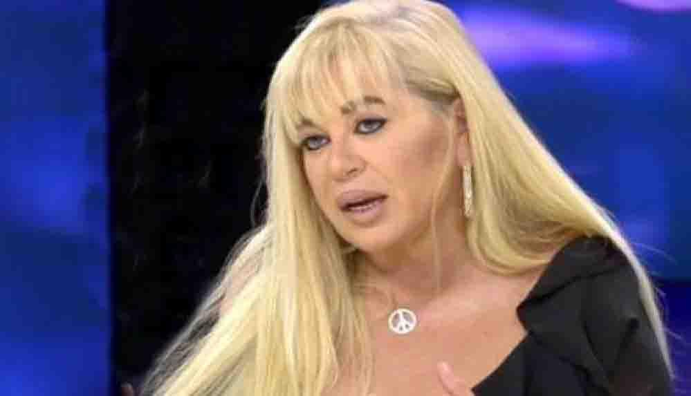 Estetik haberleriyle gündeme gelen Zerrin Özer'in gerçek hali ortaya çıktı!