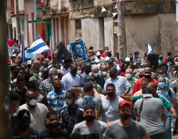 Küba Devlet Başkanı Canel halka çağrıda bulundu: Devrimi teslim etmeyeceğiz!