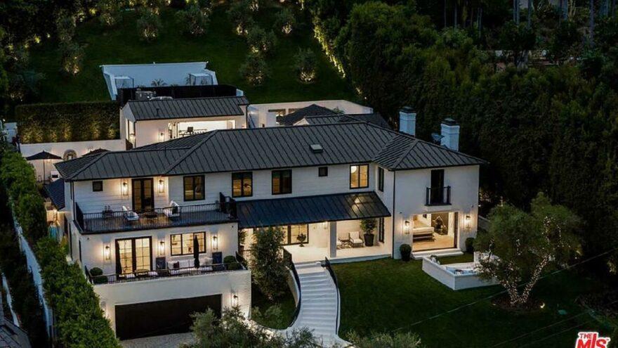 Rihanna, kirası 80 bin dolar olan lüks evine kiracı arıyor