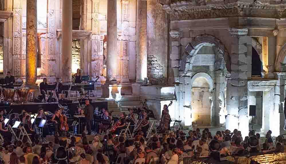 34. Uluslararası İzmir Festivali başladı