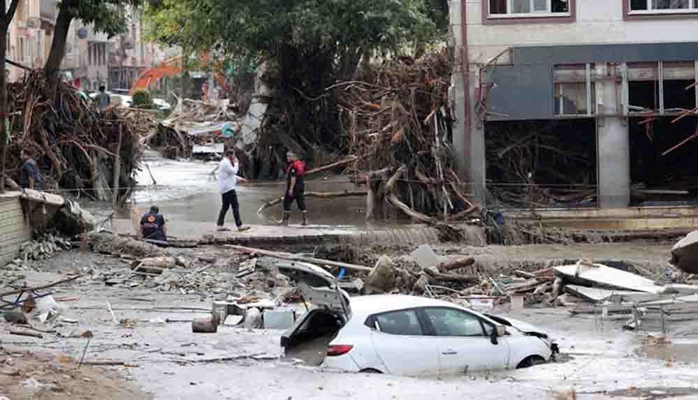 Karadeniz'deki sel felaketinde can kaybı 64'e yükseldi