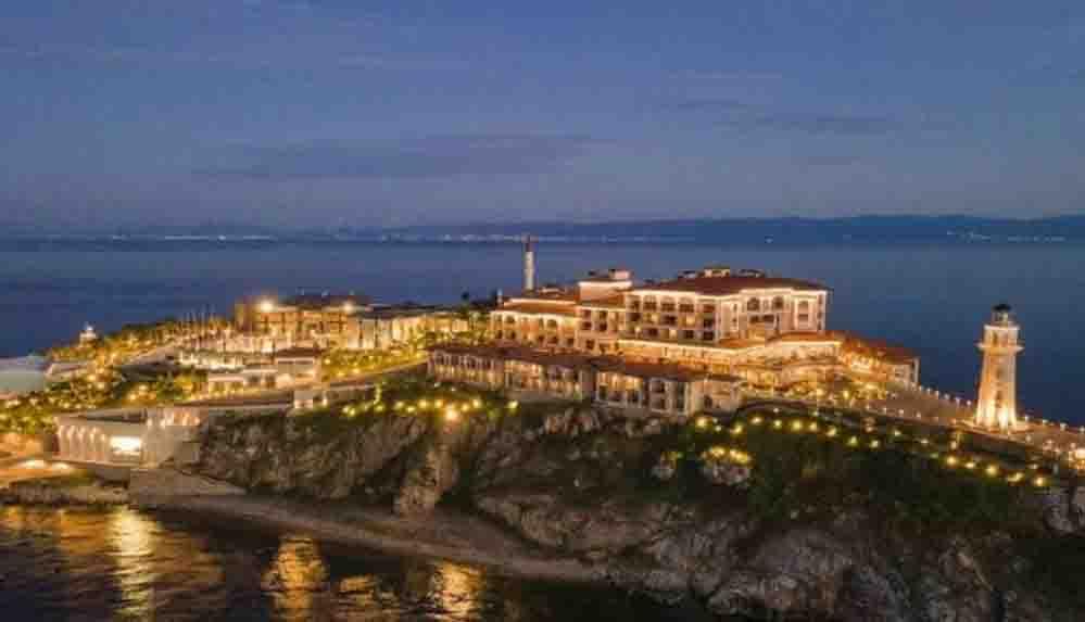 AKP'nin Yassıada'daki 'demokrasi ve özgürlük' anıtı: Geceliği 76 bin liralık kral daireli otel