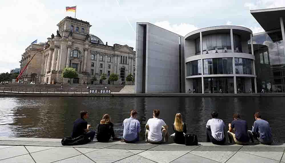 Alman Robert Koch Enstitüsü'nden korkutan açıklama: Salgında 4'üncü dalganın başladığını görüyoruz