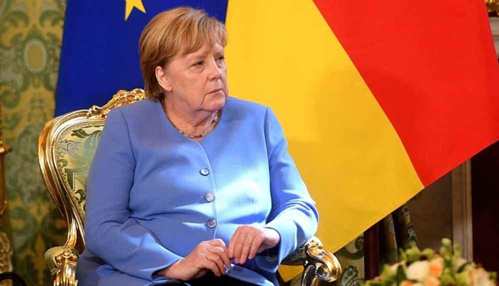 Almanya Başbakanı Merkel: Taliban ile müzakere etmeye çalışmalıyız