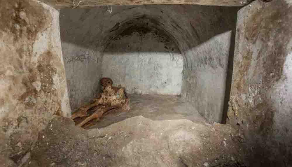 Antik Pompeii kentinde çok iyi korunmuş insan iskeleti bulundu