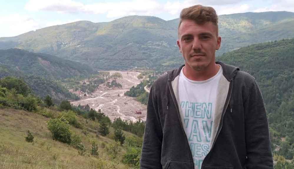 Babaçay köyündeki selde 4 kişiyi kurtaran gencin ailesiyle sel sularına kapıldığı belirlendi