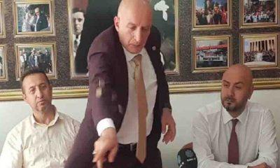 Büro İş sendikası memur zammını sadakalı protesto etti