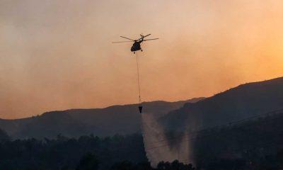 Muğla'da yangın söndürme helikopteri suyu gönüllü vatandaşın üstüne boşalttı