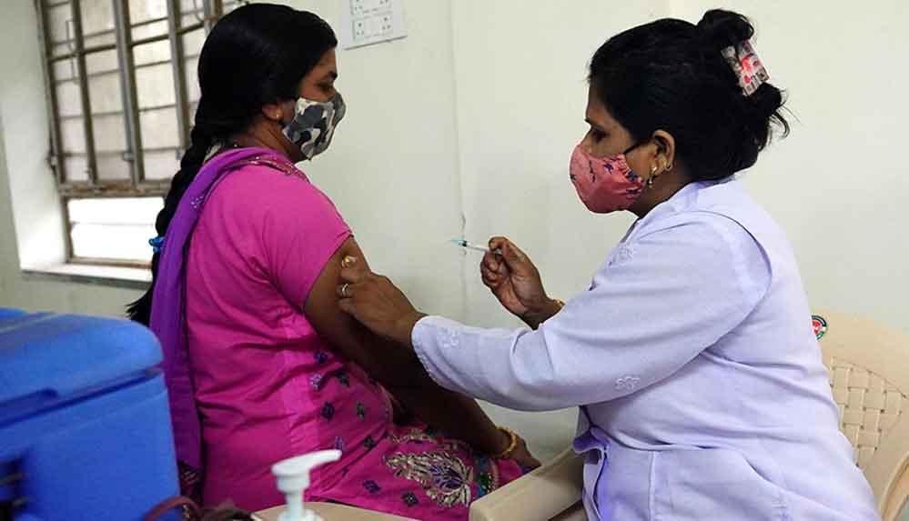 Hindistan'da yerli üretilen 'dünyanın ilk DNA bazlı' Kovid-19 aşısına acil kullanım izni verildi