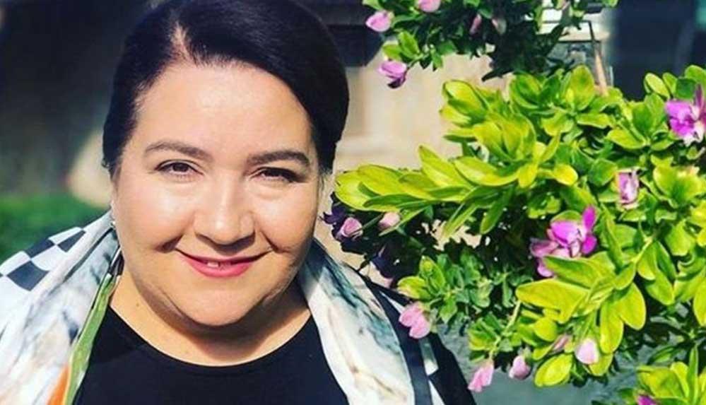 Ünlü oyuncu Hülya Duyar'dan güzel haber
