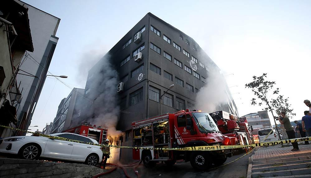 İstanbul'da ambalaj atölyesinde yangın