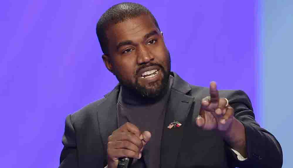 Kanye West resmi olarak adını değiştiriyor