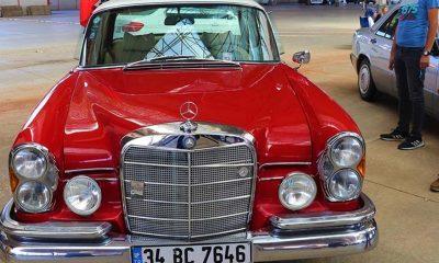 Klasik otomobil tutkunları Burdur'da buluştu