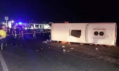 Manisa'da otomobil ile midibüs çarpıştı: 4 ölü, 6 yaralı