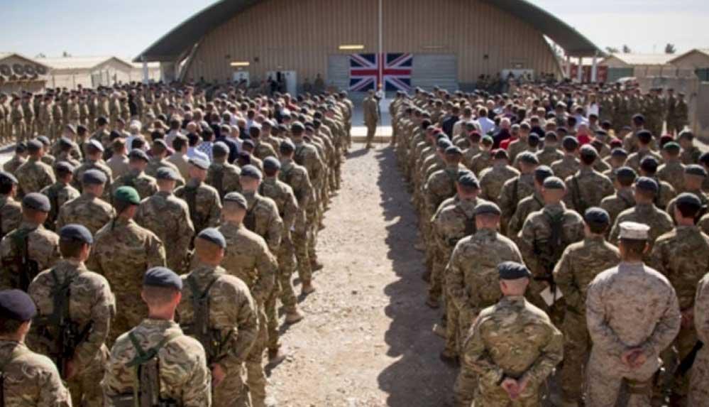 İngiltere, kendisi için çalışan Afganların ülkeden çıkarılmasında geç kalmakla eleştiriliyor