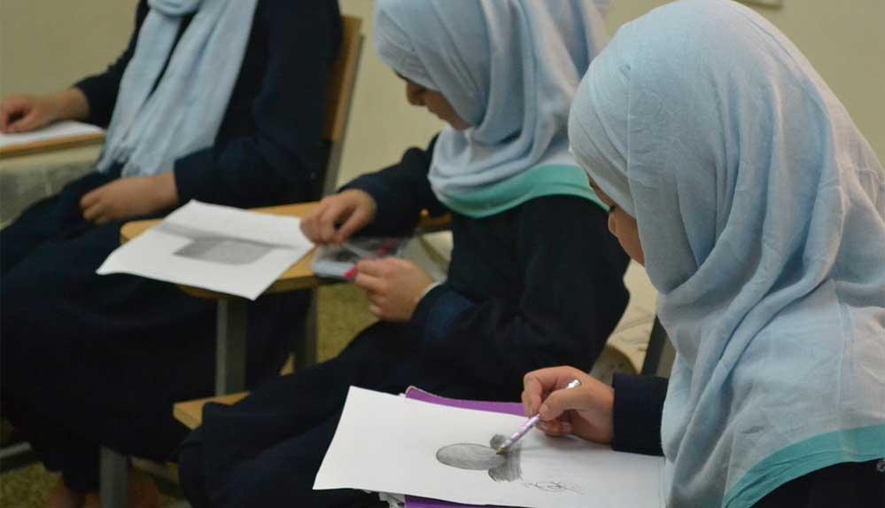 Afganistan'daki yatılı kız okulu, Taliban'dan kaçmak için Ruanda'ya taşındı