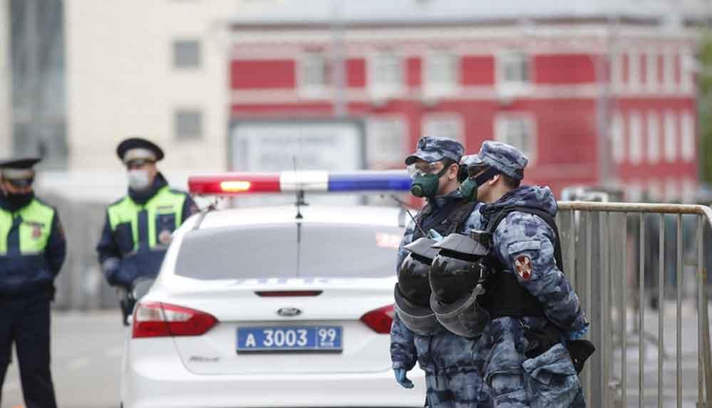 Rusya'nın başkenti Moskova'da camide yaklaşık 600 kişilik cemaat gözaltına alındı