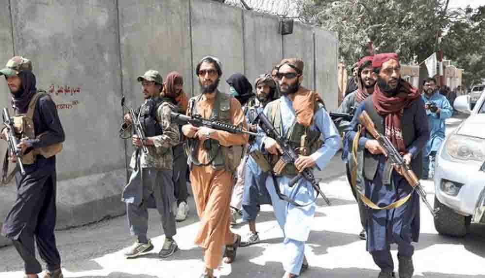 """Taliban, Afganistan'ı ziyaret eden BM yetkilisinden """"rehberlik"""" istedi"""