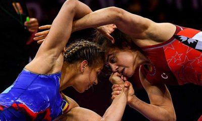 Dünya Gençler Güreş Şampiyonası'nda 3 kadın milli güreşçi bronz madalya maçına çıkacak