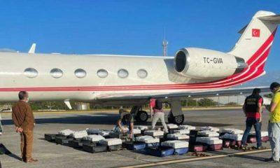 Türk uçağında yüzlerce kilo kokain yakalandı!
