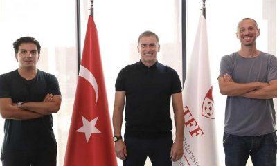 A Milli Futbol Takımı Teknik Direktörü Kuntz'un yardımcıları belli oldu