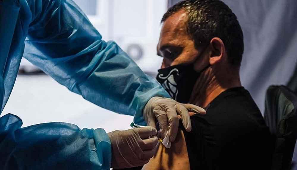 ABD'de riskli işlerde çalışanlar, 3'üncü doz Kovid-19 aşısı yapılacaklar listesine eklendi