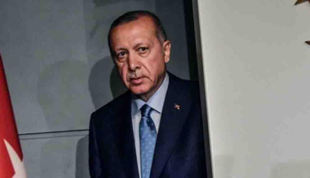 """AKP'de görev almış isimlerden anket: """"Partinin oy oranı 2002 öncesine düştü"""""""