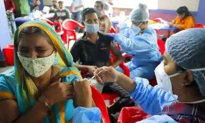 Hindistan'dan aşı kartlarını tanımayan İngiltere'ye tepki